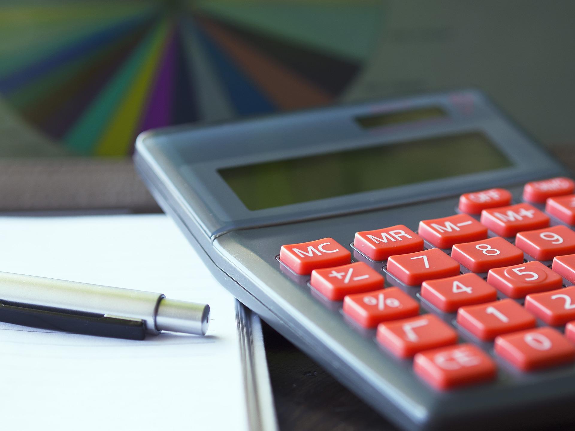 2 calculator-723925_1920